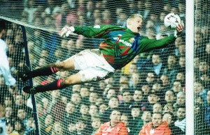 on08peter-schmeichel10