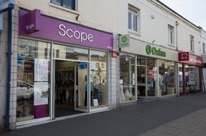 Charity-shops-on-Shirley-High-Street-in-Southampton-2217018