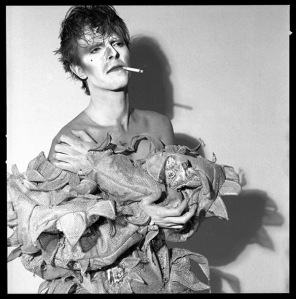 david-bowie-scary-monsters-and-super-creeps1