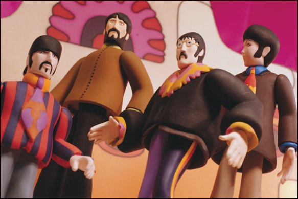 20100112-yellow_submarine_figures