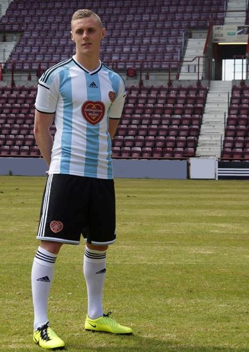 New-Hearts-Away-Kit-2014-15