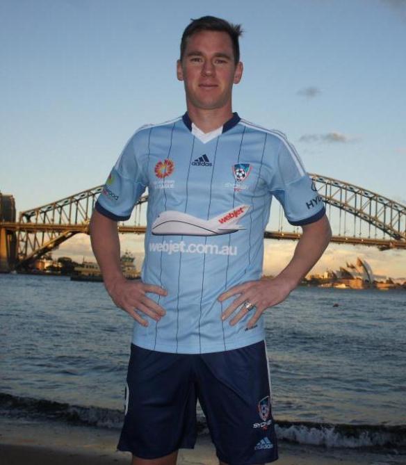 Sydney-FC-Jumper-2014-15